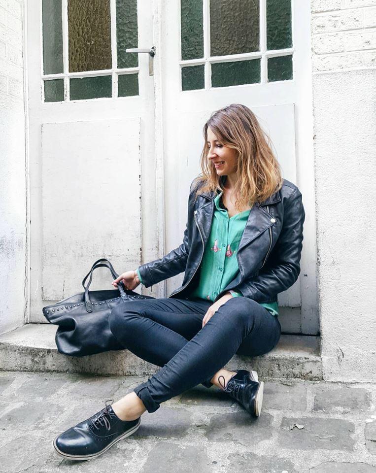 OOTD : Valou Modeuze porte le modèle SERENA noir, disponible en boutique