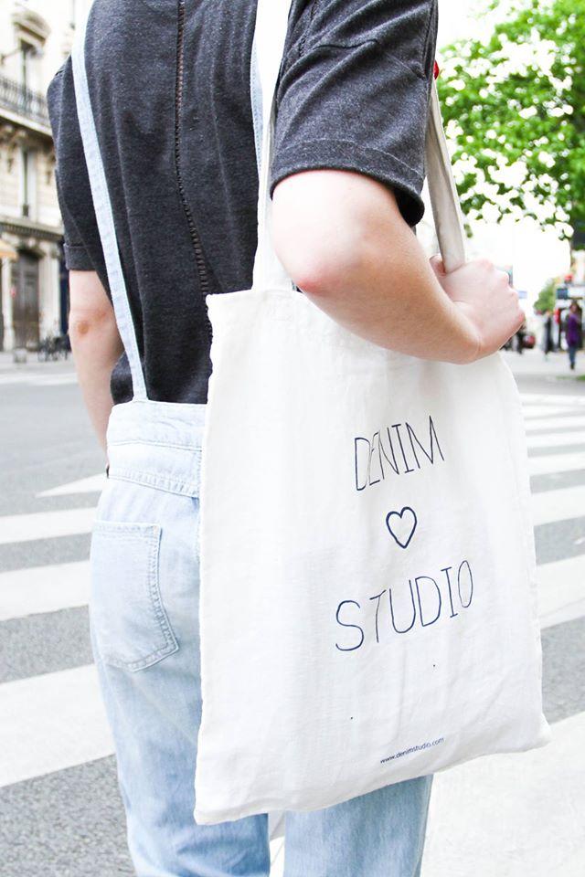 Jamais sans mon Tote Bag : un sac offert pour tout achat sur le site